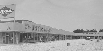 York Shopping Plaza c. 1958.jpg